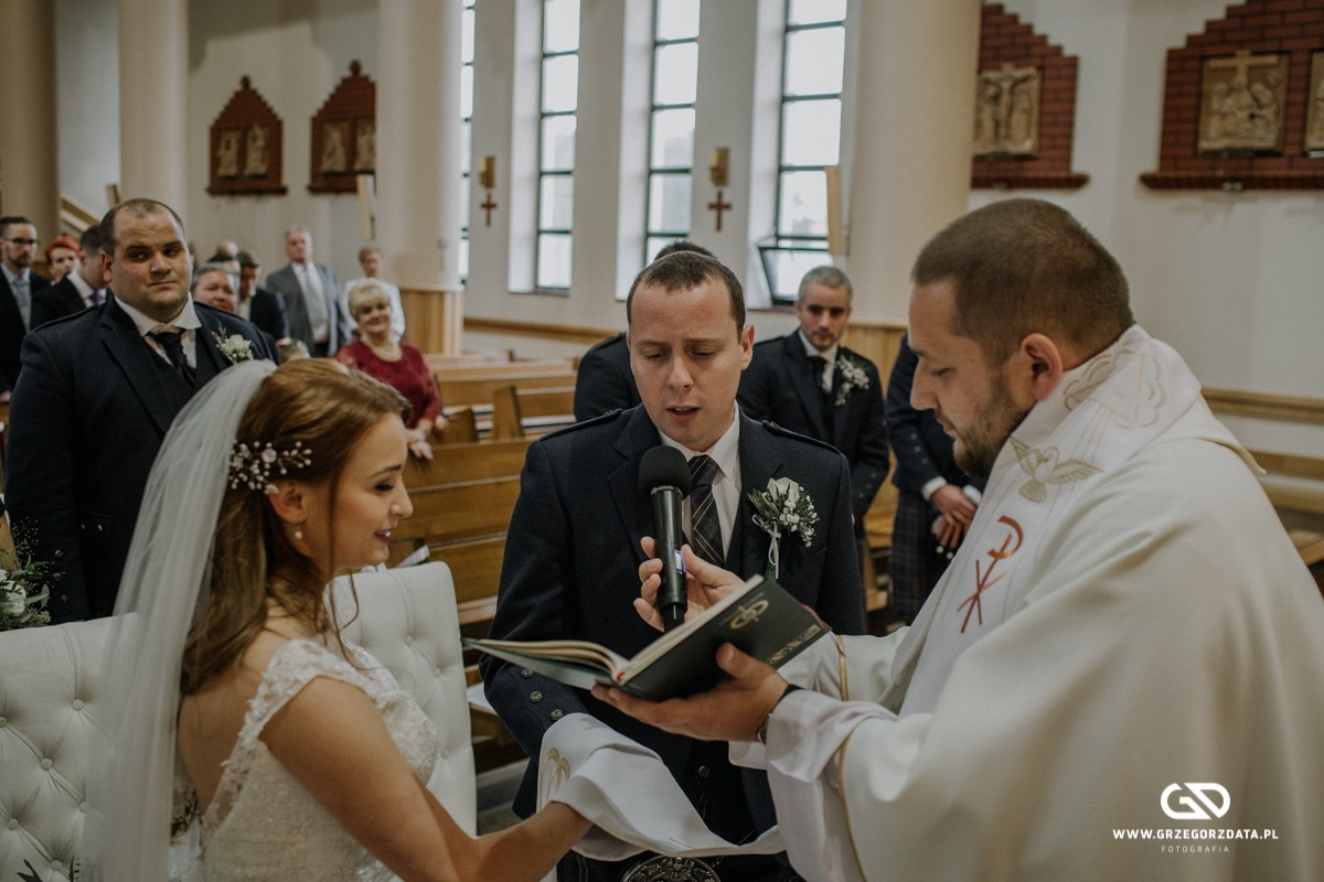 Beata i Mark  - ślub polsko- szkocki. Fotograf Tarnów 25