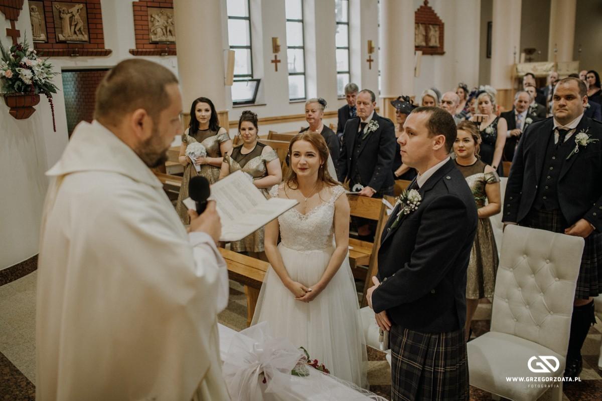 Beata i Mark  - ślub polsko- szkocki. Fotograf Tarnów 26