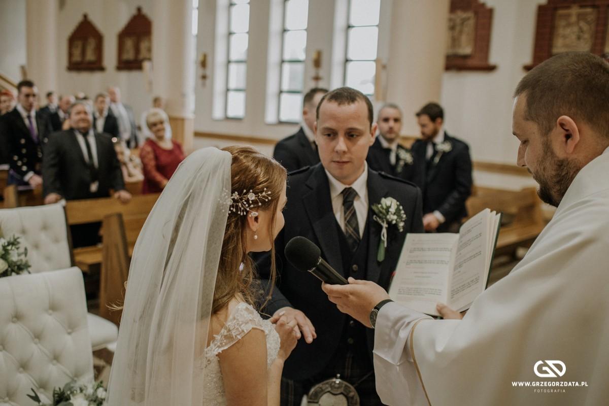 Beata i Mark  - ślub polsko- szkocki. Fotograf Tarnów 28